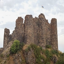 قلعه Amberd