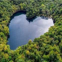 10 مکان در جهان که به شکل قلب هستند