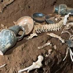 قبر رومی دست نخورده ای که با بولدوزر کشف شد!
